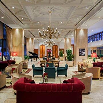 Picture of Hilton Istanbul Bosphorus Lobby Lounge Çay Saati