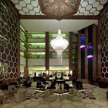 Picture of Kaya İzmir Thermal & Convention Hotel'de 1 Gece 2 Kişi Oda Kahvaltı Konaklama