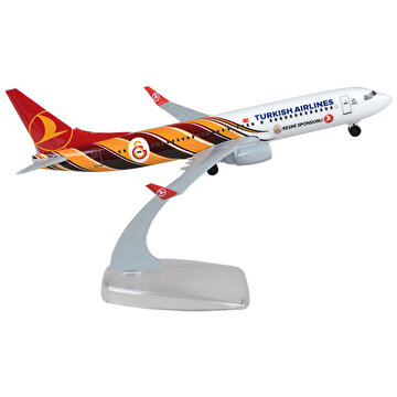 Picture of TK Collection B737-800 1/250 GS Plastik Model Uçak