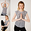 BiggDesign BiggYoga Namaste Gri T-Shirt. ürün görseli