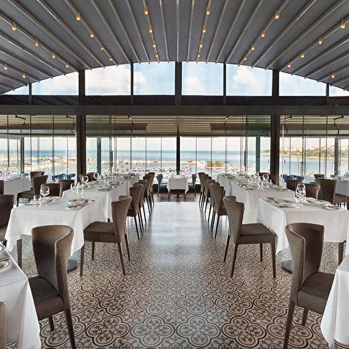 Wyndham Grand Kalamış Otel Ouzo Roof Restoran 2 Kişilik Akşam Yemeği. ürün görseli