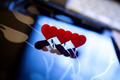 Noramore Triple Hearts Yüzük. ürün görseli